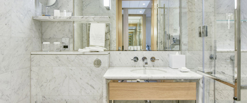 Royal Lancaster - Deluxe Bathroom
