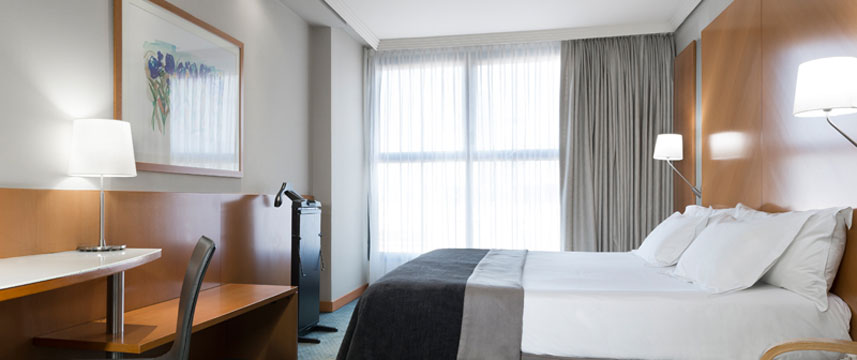 Silken Puerta Castilla - Double Bedroom