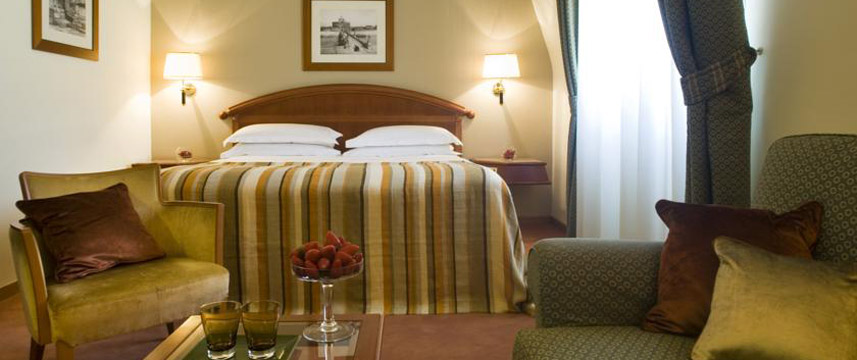 Starhotels Metropole - Double Bedroom