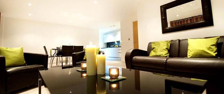 StayApartments Lever Court - Apt Living Area