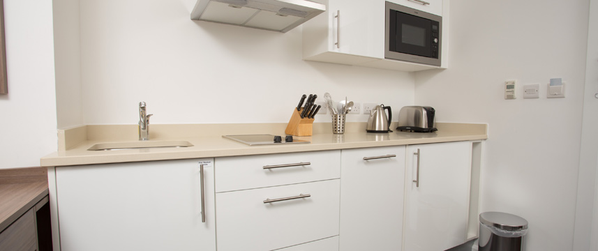 Staybridge Bham Kitchenette