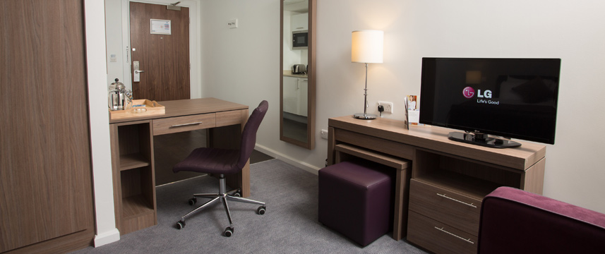 Staybridge Bham Workspace