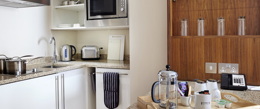 Staybridge Suites Newcastle - Studio Kitchen