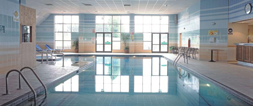 Stratford Manor QHotels Swimming Pool