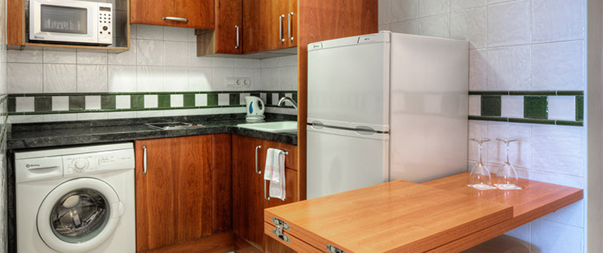 Sunway Playa Golf Junior Suite Kitchen