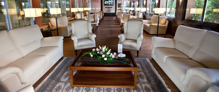 Sunway Playa Golf Lounge