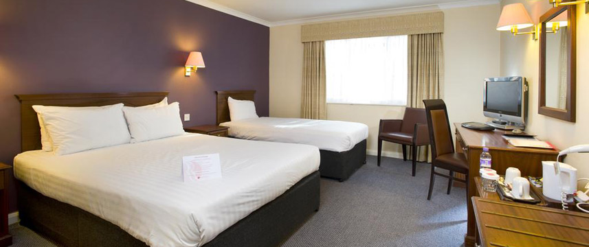 Thatchers Hotel - Family Room