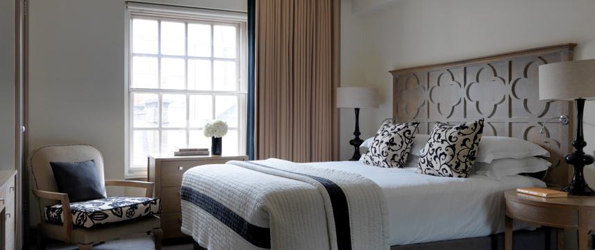 The Bloomsbury Hotel - Superior Bedroom