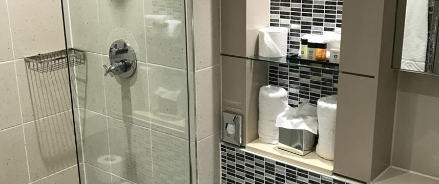 The Continental - Bathroom Amenities