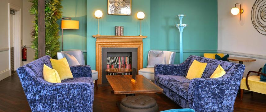 The Kingscliff Hotel - Lounge Seating