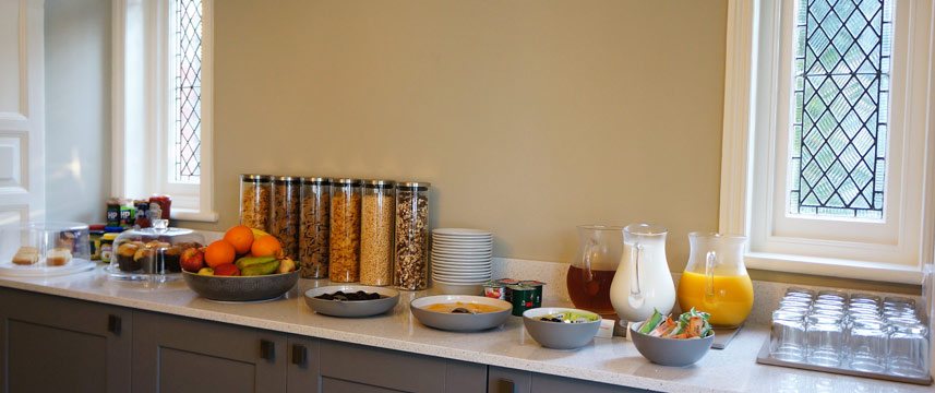 The Lawn Gatwick Guest House - Breakfast Buffet