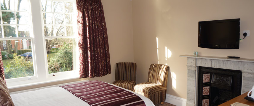The Lawn Gatwick Guest House - Premium Room