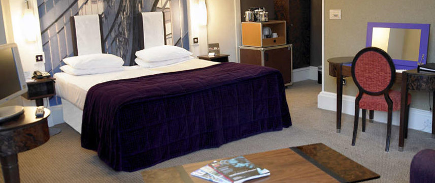 The Midland - Q Hotels - Twin Bedroom