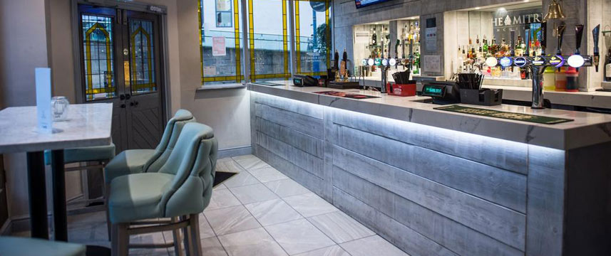 The Mitre Hotel - Bar Area
