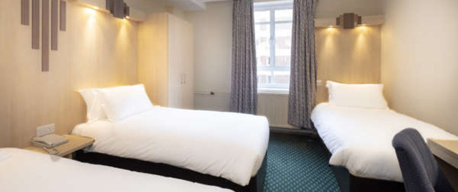The Tavistock Hotel - Triple Room