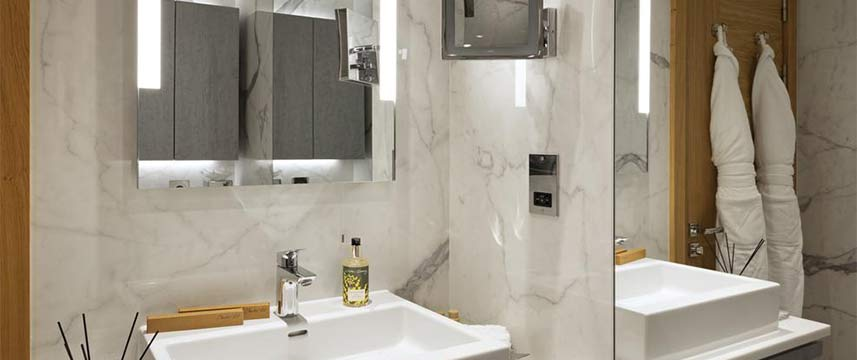 Tower  Suites by Blue Orchid Bathroom