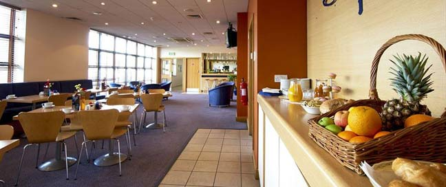 Travelodge Galway City - Breakfast Area