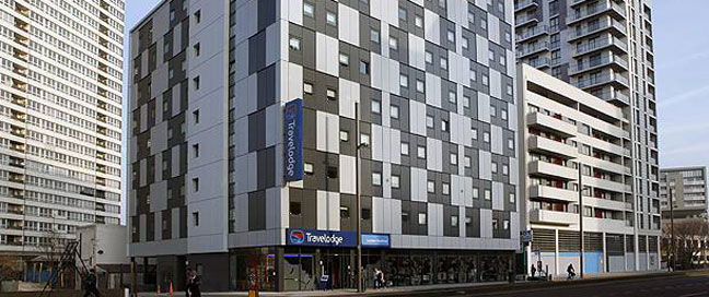 Travelodge Stratford Outside