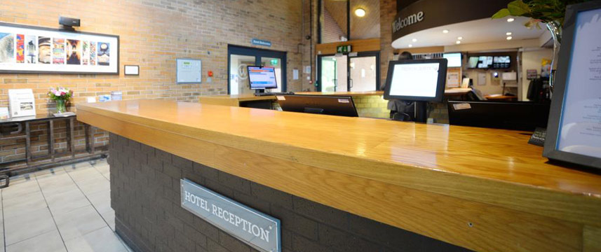 Waterside Hotel and Leisure Club - Reception Area