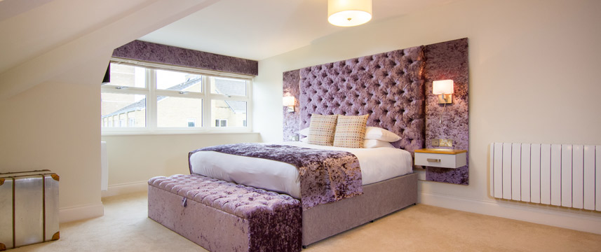 White Hart Hotel and Apartments - Deluxe Double Room