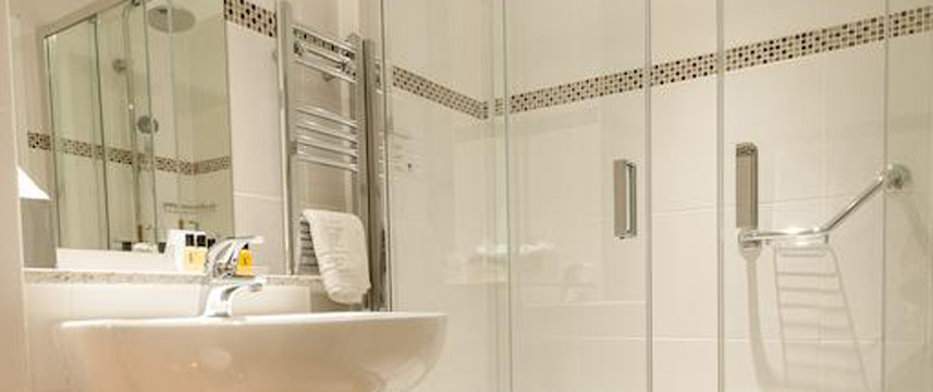 voco Oxford Thames - Shower Room
